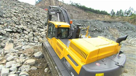 volvo  series crawler excavators walkaround video youtube