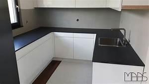 Nero Assoluto Satiniert : biel nero assoluto zimbabwe granit arbeitsplatten ~ A.2002-acura-tl-radio.info Haus und Dekorationen