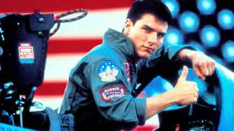 tom cruise p 51 mustang the aviationist top gun s maverick turns 51 today with a aviation experience from f 14s