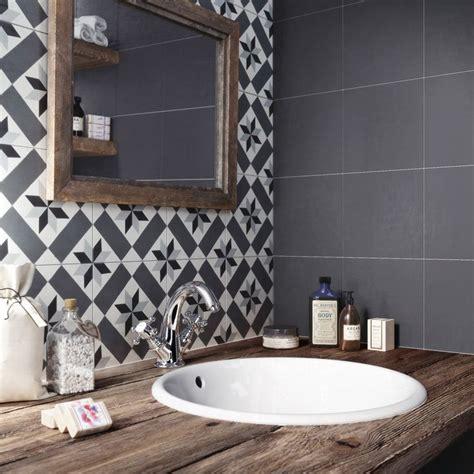 les 25 meilleures id 233 es de la cat 233 gorie designs carrelage sur salle de bain
