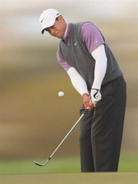 Tiger Woods: My chipping basics   Instruction   Golf Digest