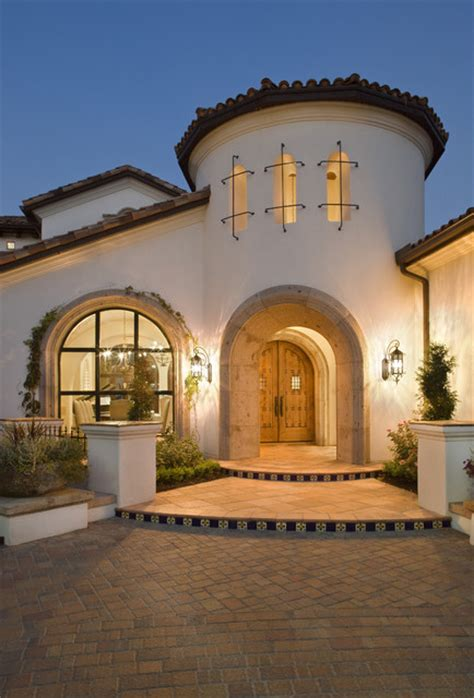 Spanish Style Homes With Courtyards Spanish Mediterranean