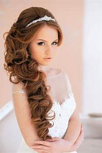 Simple Wedding Party Hairstyles For Long Hair You Can Do Yourself 2018