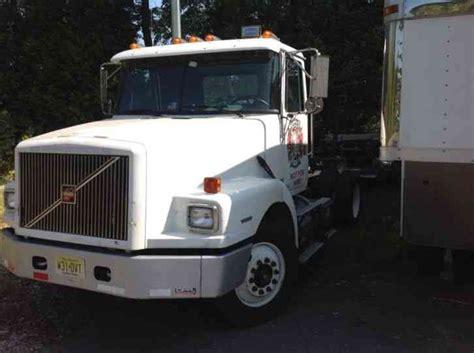 semi volvo truck parts volvo 1999 daycab semi trucks
