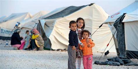 Der dampf auf der flucht. Flüchtlingsbericht des UNHCR - Mehr Menschen denn je in der Welt auf der Flucht - HAZ ...