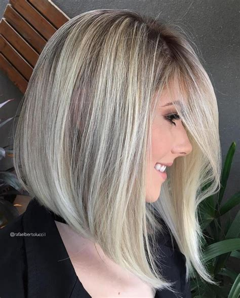29 Styles with Medium Blonde Hair for Major Inspiration