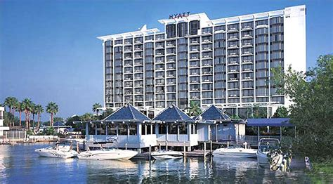myrtle beach restaurants target  wealthier clientele