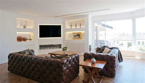 Tv Room Sofa by When And How To Place Your Tv In The Corner Of A Room