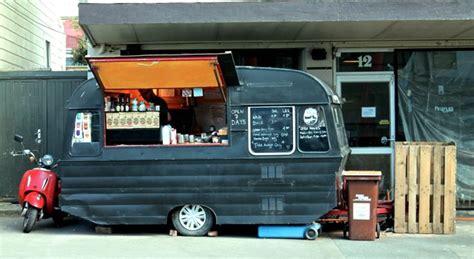 chiosco mobile aprire un chiosco bar o un chiringuito in una roulotte