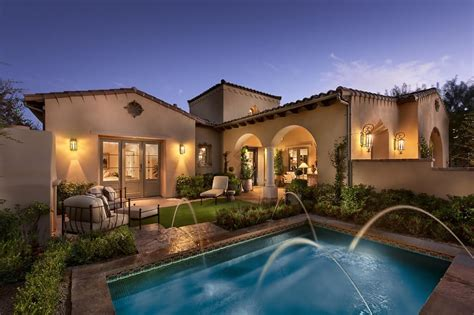 Stunning Southwest Style Home With Luxurious Interior Design