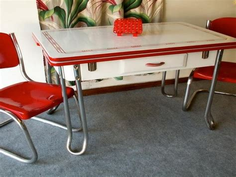retro kitchen table and chairs canada 1000 images about vintage kitchen table and chairs on
