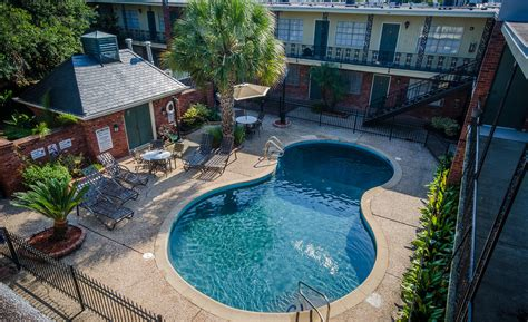 Lake Terrace Gardens by Apartments In New Orleans La Lake Terrace Gardens In