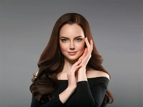 Desktop wallpaper smile, celebrity, girl model, pretty face, brunette, hd image, picture ...