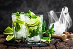 Service à Mojito : mojito alkoholfrei alkoholfreie cocktails cocktail rezepte chiara kochlust ~ Teatrodelosmanantiales.com Idées de Décoration
