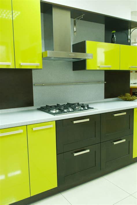 couleur pour armoire de cuisine des idées pour vos armoires de mélamine blogue de via
