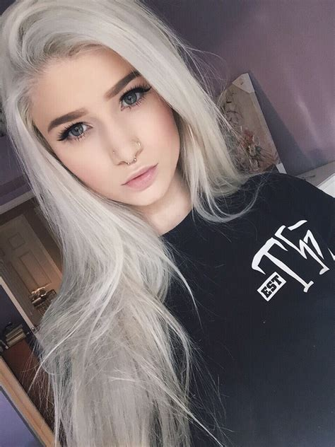 10 Awesome Silver Hair Colors Ideas Makeup Tutorials