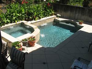 Small backyards pacific paradise pools for Small pool designs