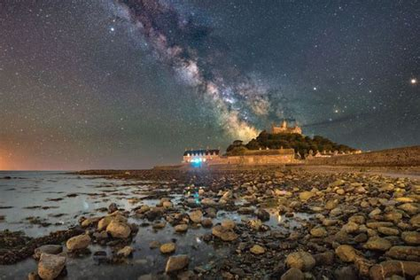 Stunning Images Capture The Majesty Milky Way Over