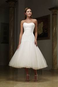 Beauties wearing pretty tea length wedding dresses for Mid length dress for wedding