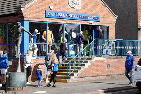 sport news Carlisle hosts 1,000 fans for first English ...