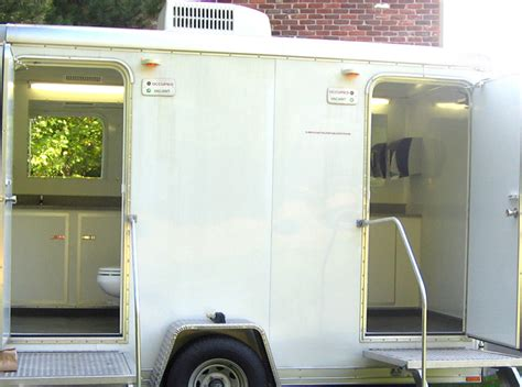 portable restroom trailer rentals weddings indianapolis