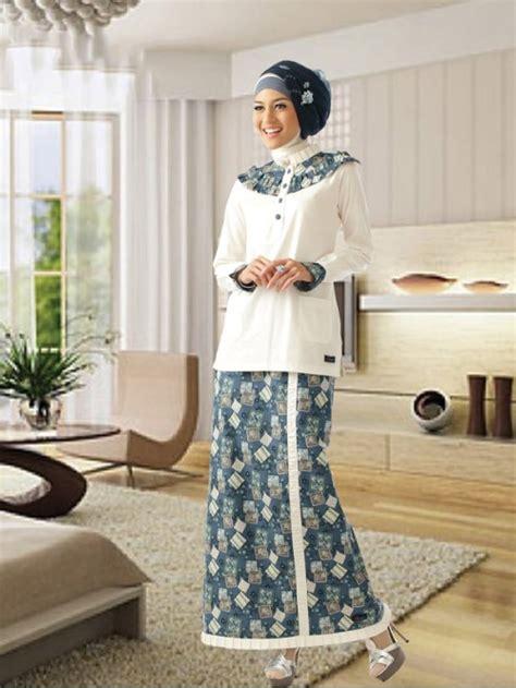 inspirasi model gamis batik kombinasi kain polos