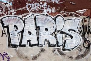 Paris Graffiti Stock Photos - FreeImages com