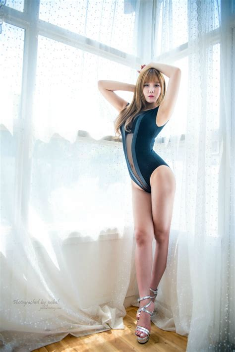 Fans Discover This Rookie Girl Group Member Has A Fantastic Body — Koreaboo