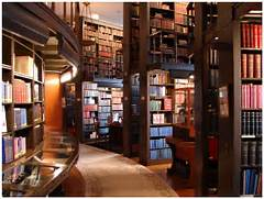 Home Library Design Come With Large Library Home Design And Glass Desk Design Traditional Makow Architects 041 20 Creative Amazing Ideas Of Unique Home Interior Designs 2015 Studio Apartment Inspiration Interior Design Ideas Home Designing