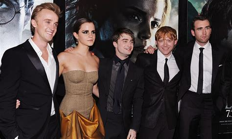 Emma Watson Reveals That The Harry Potter Gang Are Still