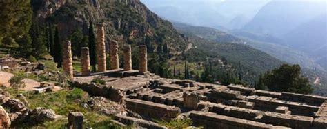 Il Santuario di Delfi | Arché Travel Grecia