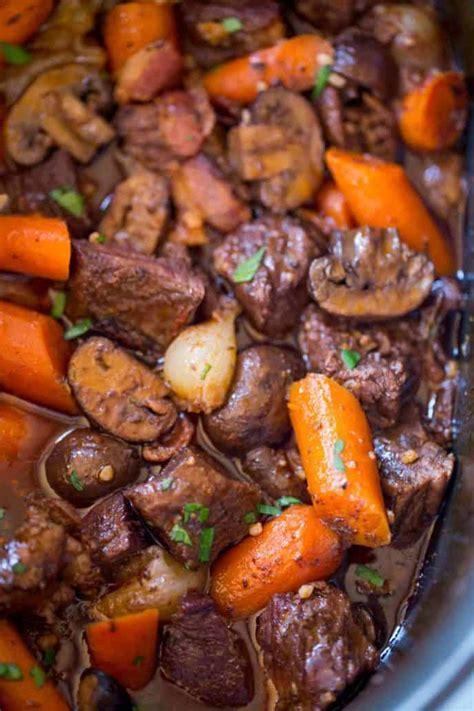 slow cooker beef bourguignon dinner  dessert