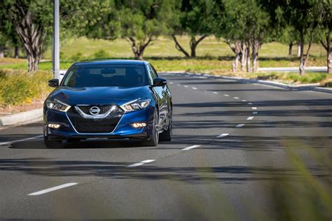 nissan releases midnight edition package   maxima