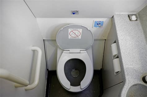 china recommends flight attendants wear diapers upicom