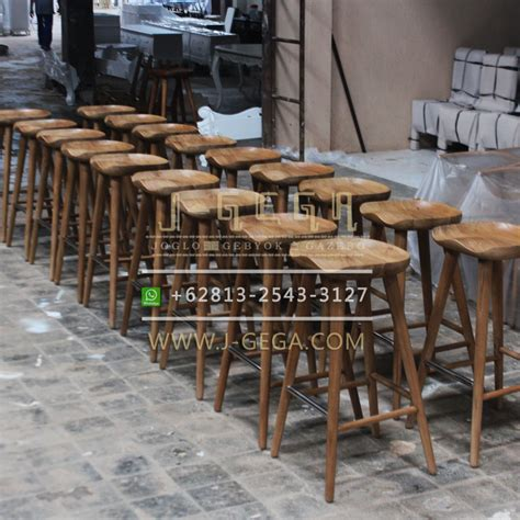 Jual Kursi Bar Stool kursi bar stool delanna retro by j gega furniture jepara