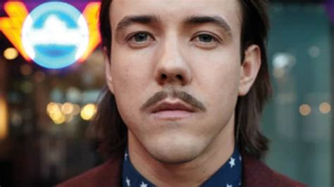 Moustache styles: What are your options? | Philips