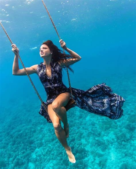 underwater fashion photography images