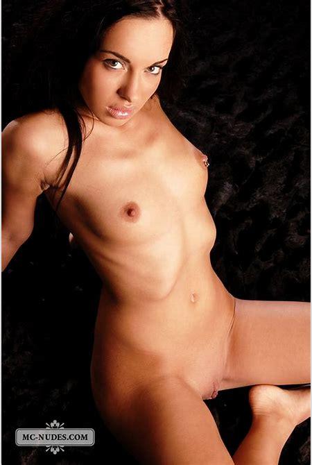 MC-Nudes Stunning Erotic Nude Girls - Sexy-Nancy - MCNudes Models
