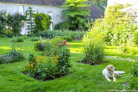 Jardin Bucolique Photo by Promenade Bucolique Dans Un Jardin Du Vexin D 233 Tente Jardin