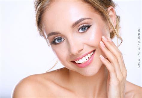 Sié E Massant Aminosäuren Gegen Falten So Sorgen Sie Für Schöne Haut