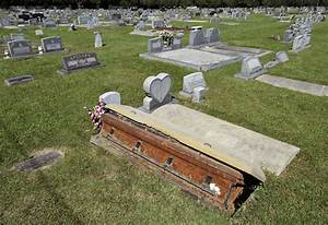 Ground-level burial vaults banned in Livingston Parish ...