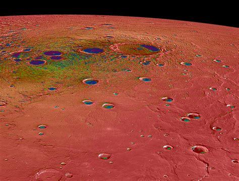 Les dernières images de Mercure par la sonde Messenger ...