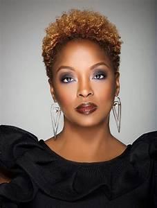 Coiffeuse Noir Et Blanche : 1001 id es la coupe courte afro homme femme en 57 mod les ~ Teatrodelosmanantiales.com Idées de Décoration