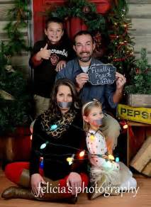 Funny Christmas Card Photo Ideas for Families
