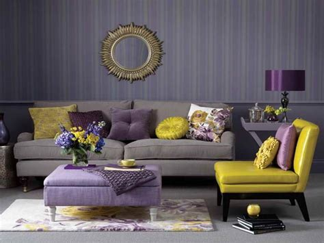 Wohnzimmer Grau Lila by Purple Grey And Silver Living Rooms Living Room Accent