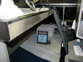 file amtrak superliner bedroom jpg wikimedia commons