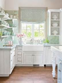 wohnzimmer shabby chic 25 best ideas about shabby chic white on shabby chic rooms shabby chic homes and