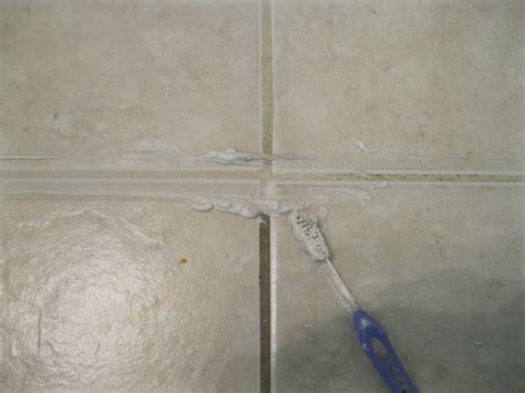 highly effective ways  restore dirty tile grout