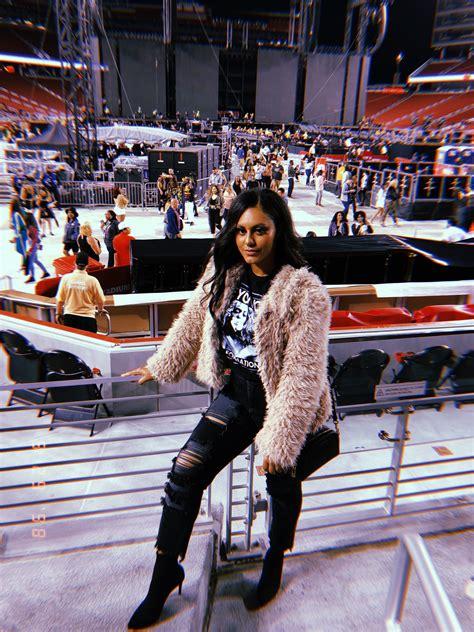 Concert outfit winter Levi Stadium Beyoncé Concert