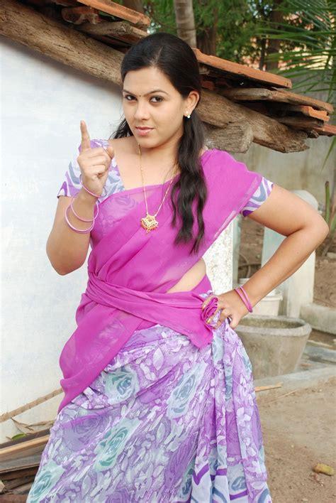 Tamil Actress Swetha Cute Images At Sivappu Manidharagal